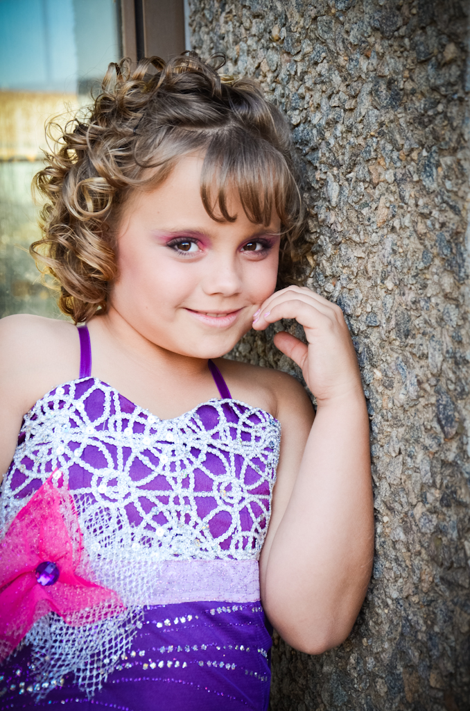 Portrait Photography, Childrens Photographer, Location Pageant shoot, Meyerton Photographer, Happy girl, Laughing children, Poses