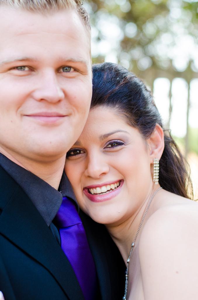 Couple shoot, Loving couple, Couple poses, Couple portrait photographer, Location photography, Couple in the park