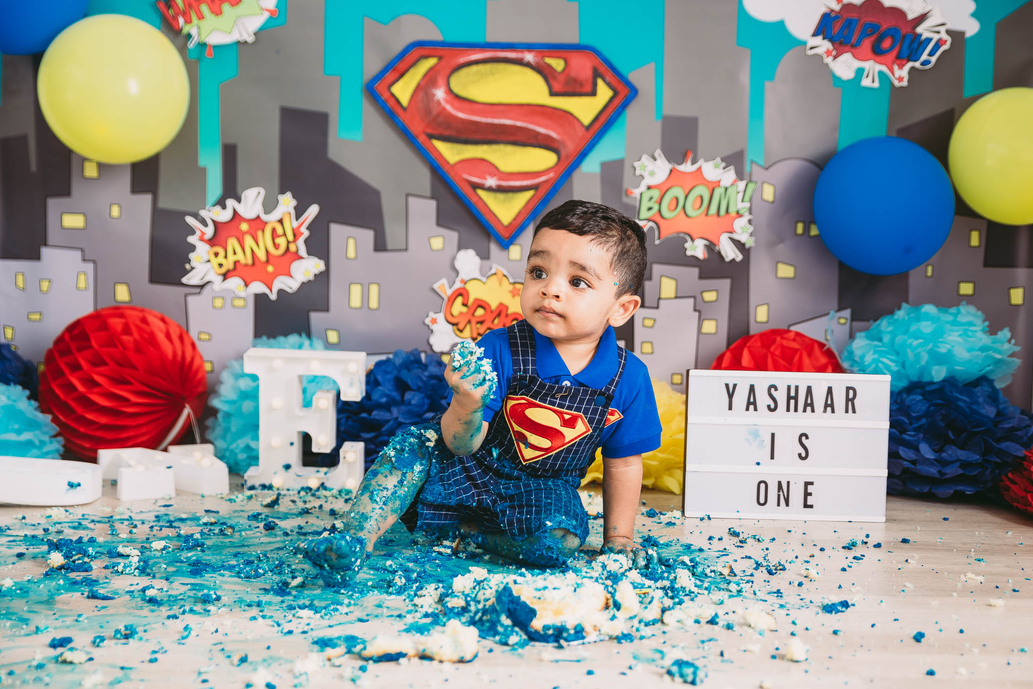 Superman, superhero themed cake smash photo shoot Johannesburg and Pretoria, Midrand Studio